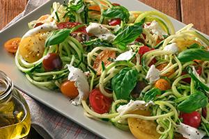 422_Caprese Zucchini Noodle Bowl