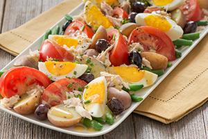 Tuna Nicoise Salad with Dijon Dressing
