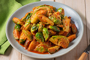 Brussels Sprouts in Tomato Sauce