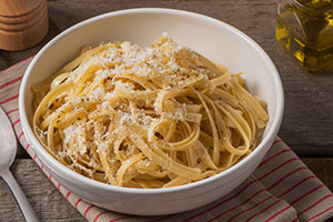 Fettuccine with Pecorino and Black Peppercorns