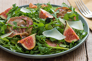Arugula and Fig Salad with Pomegranate Dressing