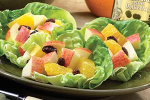 Apple-Orange-Raisin Fruit Salad