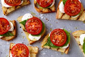 Fresh Mozzarella, Tomato, and Basil Crostini