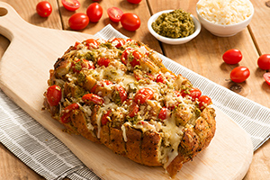Pull-Apart Cheesy Pesto Garlic Bread