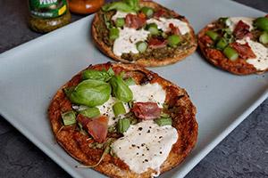 Low Carb Pesto Pita Pizzas